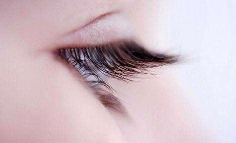睫毛移植和头发移植的区别